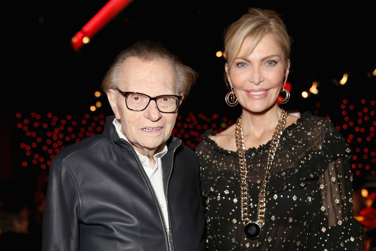 Larry King and Shawn King in 2018 (Getty Images)