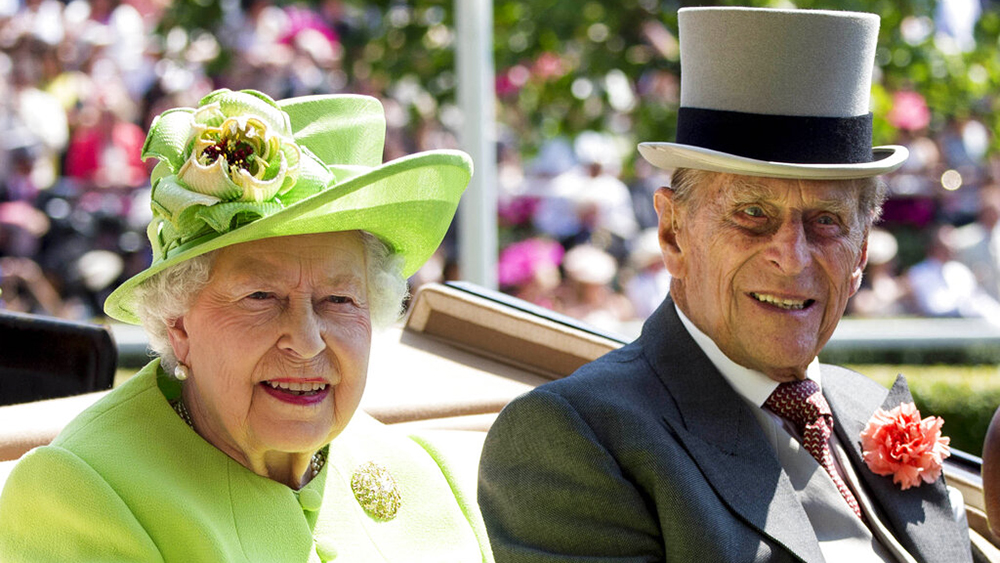 NOVEMBER 20, 2020: Her Majesty Queen Elizabeth II and Prince Philip The Duke of Edinburgh celebrate their 73rd wedding anniversary on 11/20/20. They were married at Westminster Abbey in London, England, United Kingdom on November 20th, 1947. - File Photo by: zz/KGC-178/STAR MAX/IPx 2017 6/20/17