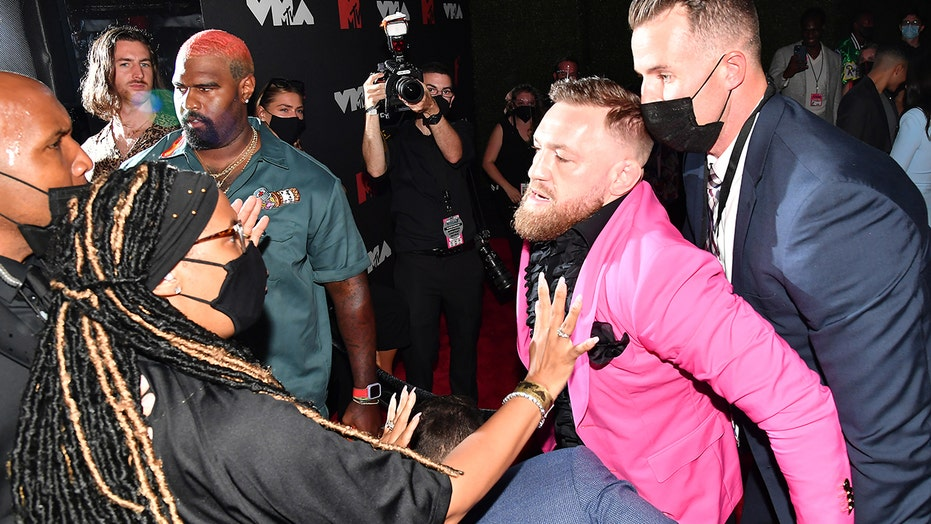 Conor McGregor involved in altercation with Machine Gun Kelly at MTV Awards